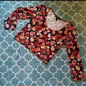 Forever 21 Rose Floral Crop Top Size Medium
